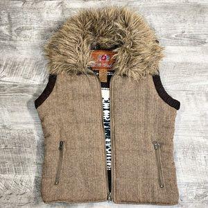 BB Dakota Womens Hooded Knit Vest